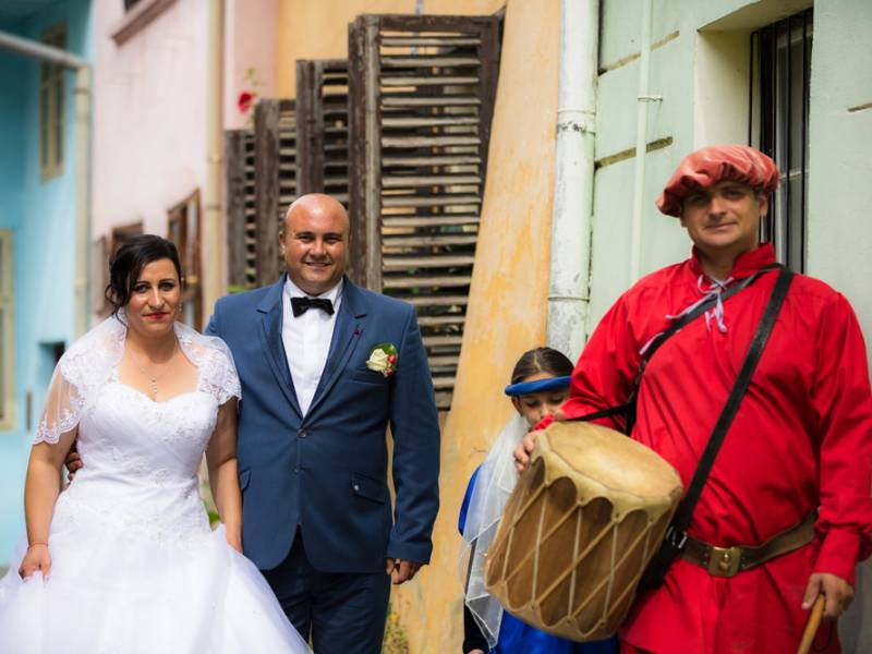Fotograf nunta Sighisoara-Tobosarul Cetatii Sighisoara|RGB Studio