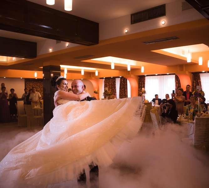Fotograf nunta Brasov-Restaurant Floarea Soarelui| RGB Studio