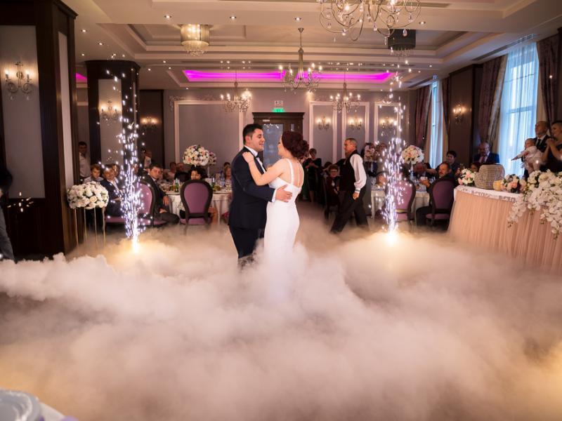 Fotograf nunta Sibiu-Dansul mirilor|RGB Studio