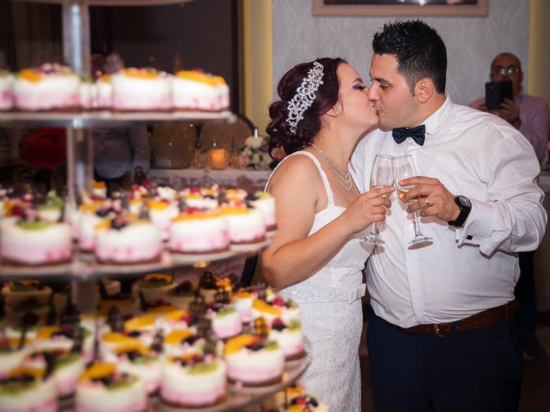 Fotograf nunta Sibiu-Tortul mirilor|RGB Studio