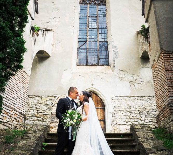 Fotograf nunta Sighisoara-Piata cetatii RGB Studio