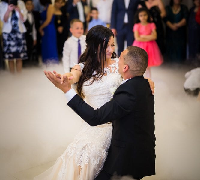 Fotograf nunti Sighisoara-Dansul mirilor RGB Studio